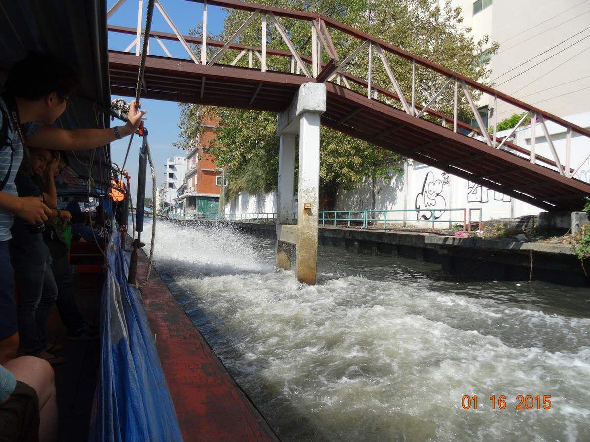 redécouvrir Bangkok par les khlongs, les canaux qui traversent la ville