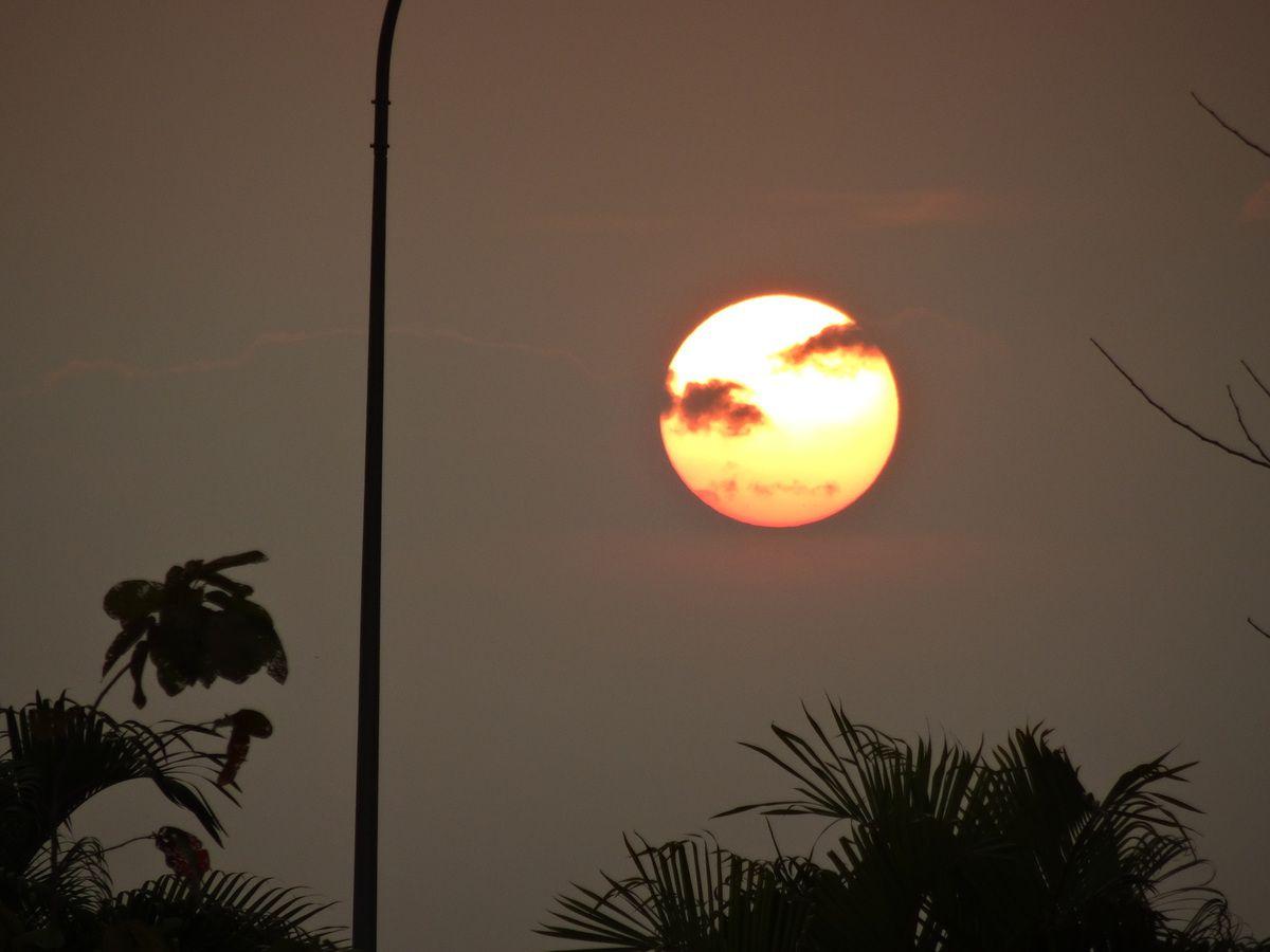 Nous avons retrouvé le Mékong et son coucher de soleil