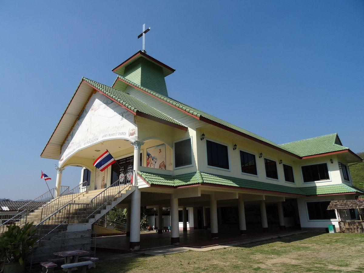 Bien arrivés au Laos, et dernières images de Thailande