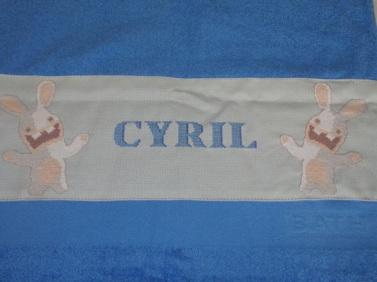 serviette lapin crétin pour Cyril