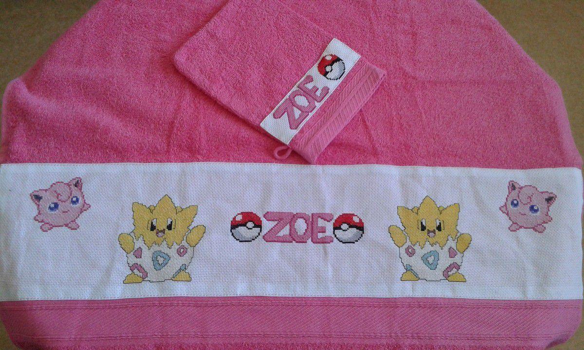 serviette brodée Pokémon
