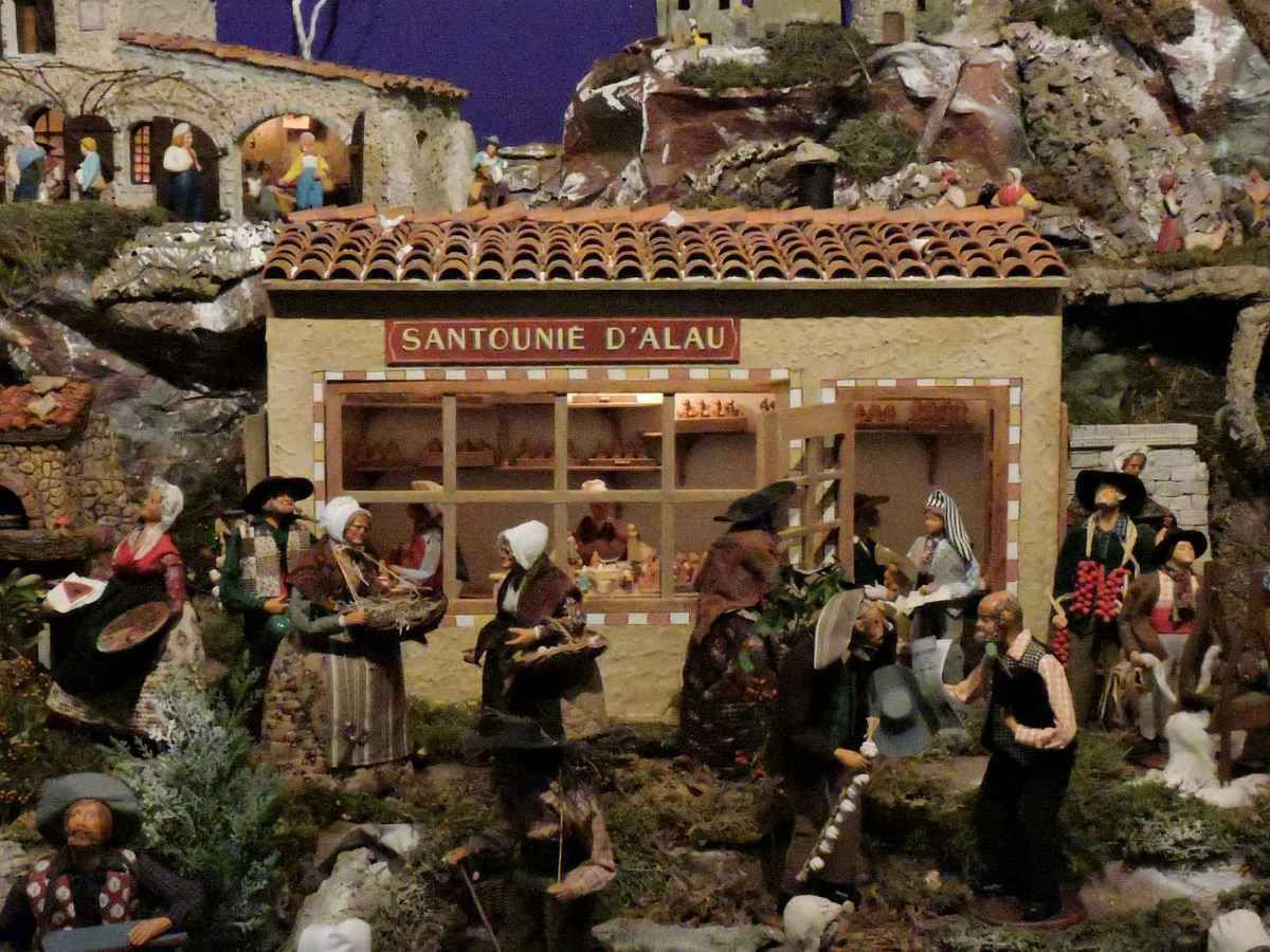 Santons et crèches de Noël  - Page 2 Ob_412efa_creche-allauch-06