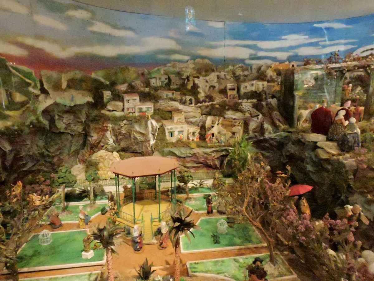 La ciotat cr ches proven ales l 39 estrangi e li santoun - Ma cabane au fond du jardin francis cabrel ...
