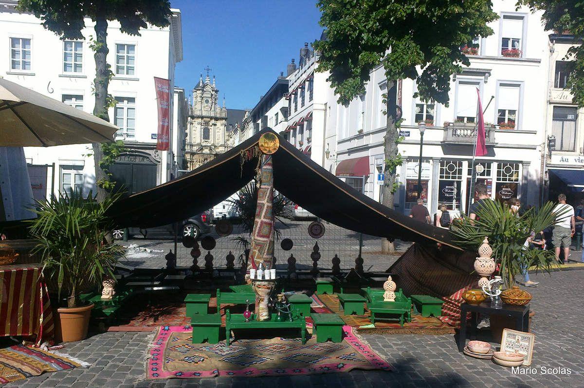 Prendre le thé à la menthe à Bruxelles sous une tente berbère, c'est déjà du Maroc à Bruxelles