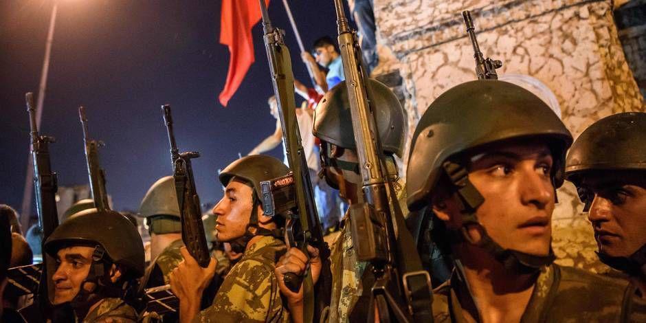 En douze mois, la Turquie a payé le prix fort au terrorisme, avec la reprise du conflit kurde et les combats en Syrie voisine. En douze mois, la Turquie a payé le prix fort au terrorisme, avec la reprise du conflit kurde et les combats en Syrie voisine.