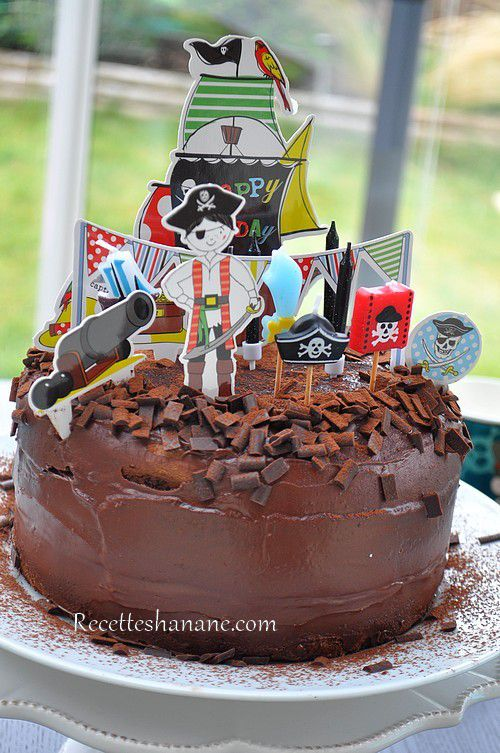 Decoration gateau chocolat anniversaire fille - Recette decoration gateau chocolat ...
