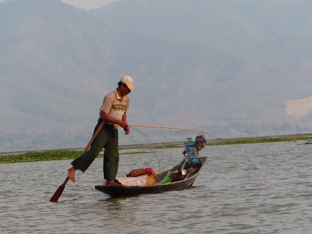 Un pêcheur du lac Inle
