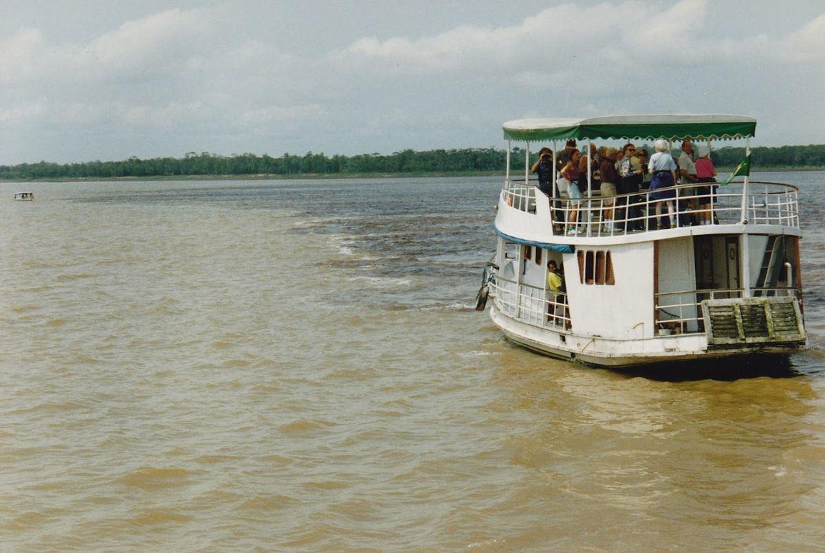 croisière sur l'Amazone&#x3B; la rencontre des eaux&#x3B;
