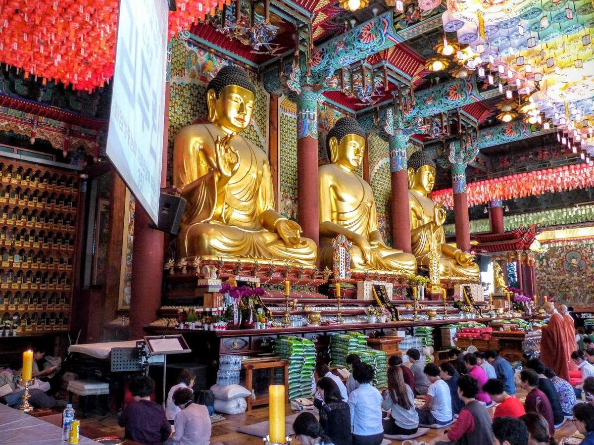 le temple bouddhiste Seon Jogyesa dans le centre de Séoul