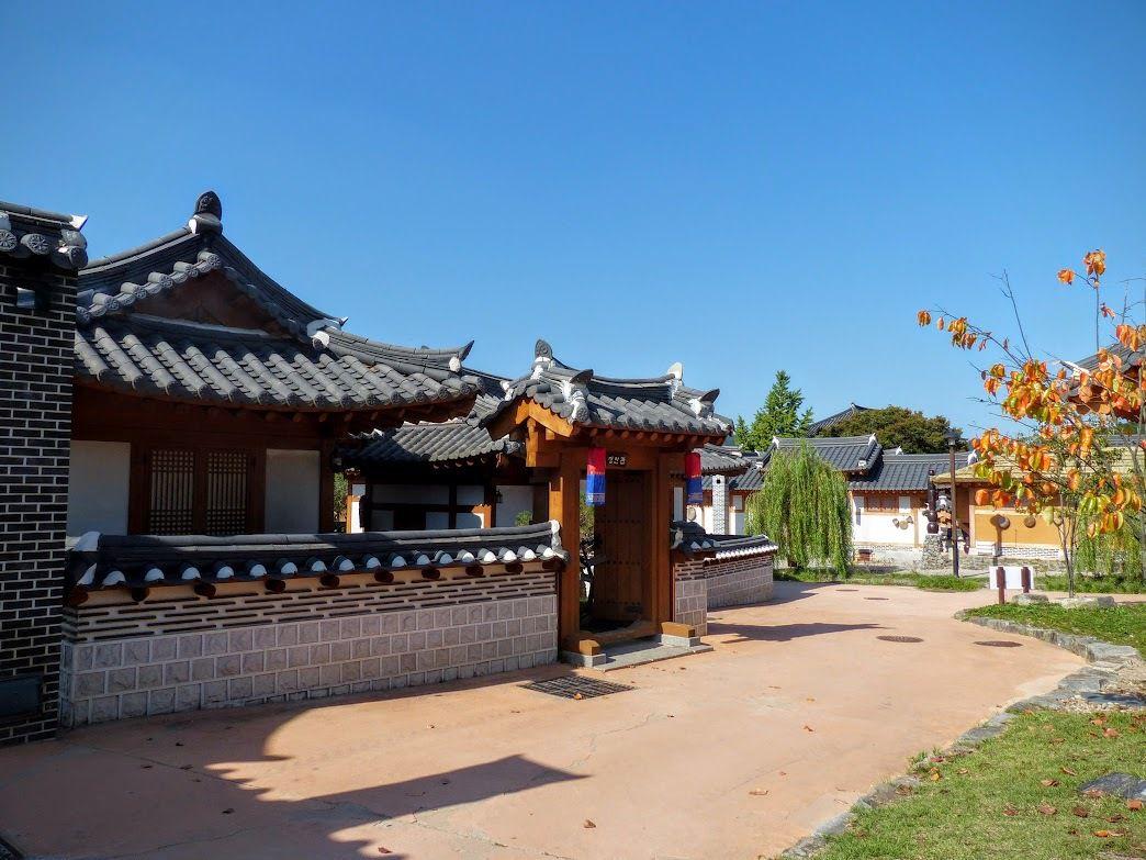 village Hanok reconstitué de Gongju&#x3B; suite&#x3B;