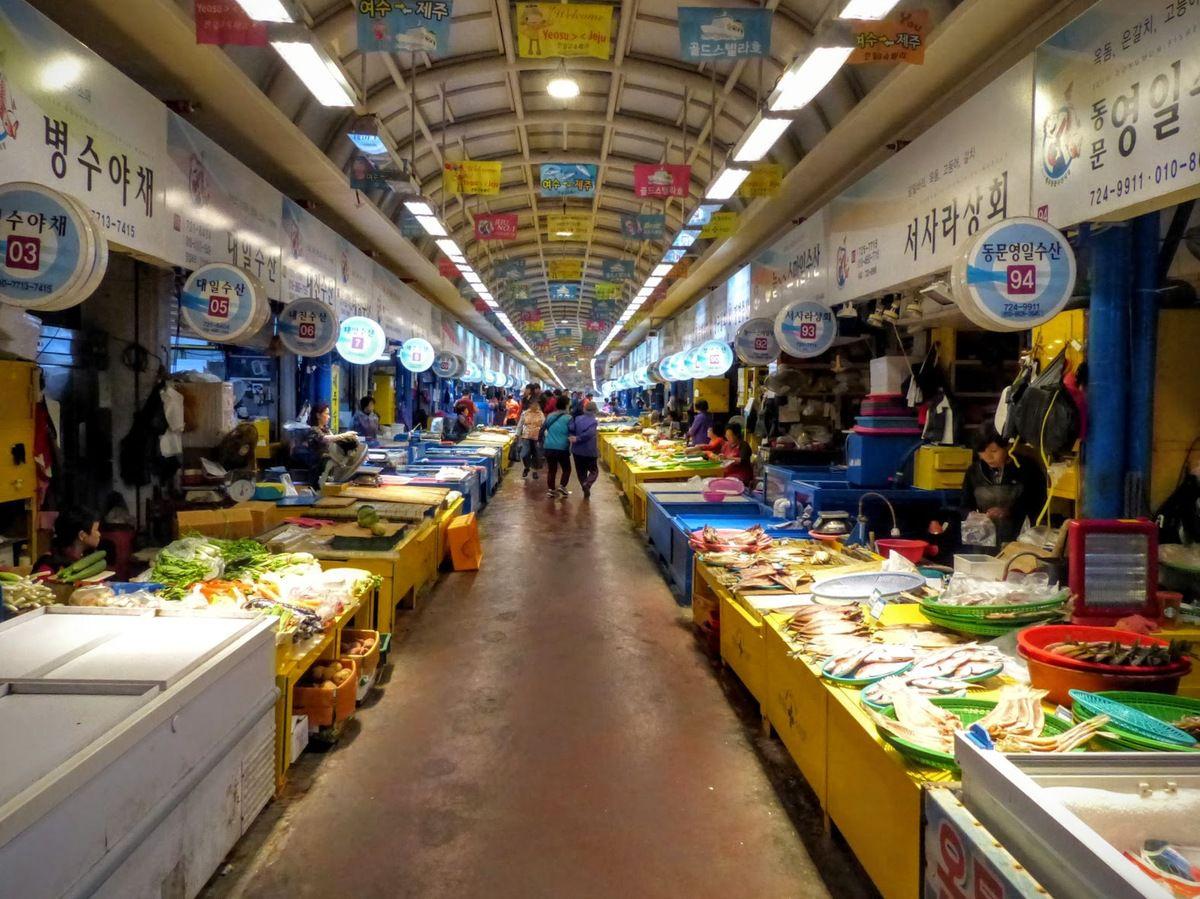 le marché Dongmun sur l'île de Jeju