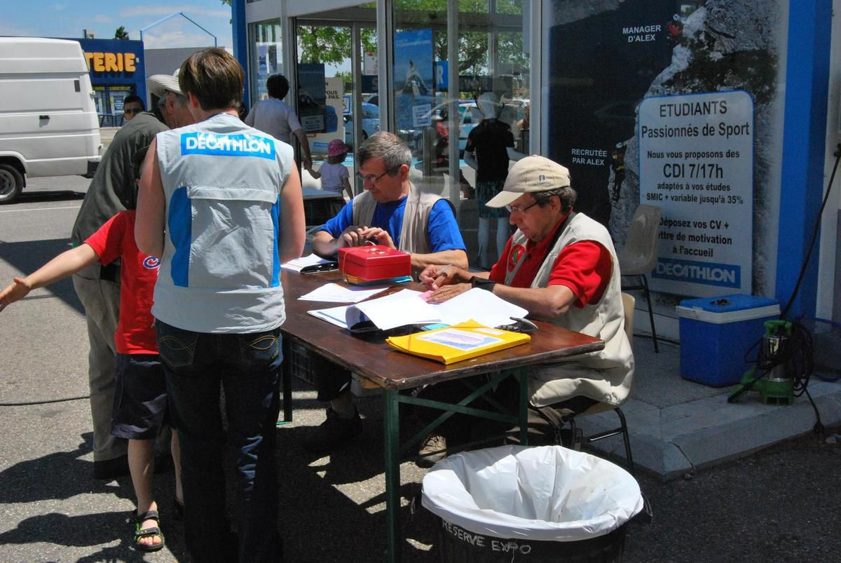 20140531 Decathlon et Qualificatif Arles