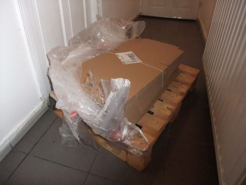 Gwen a des boites-valises en rab...