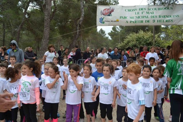 500 enfants participent au cross des scoubidous