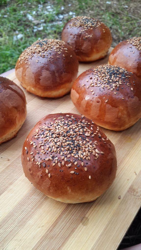 buger buns au lben (buttermilk) moelleux خبز البركر باللبن