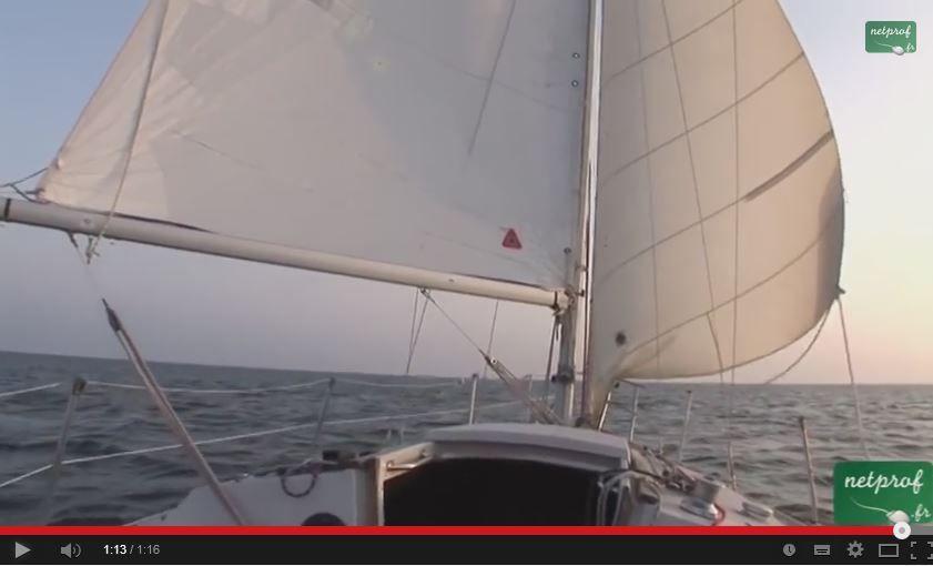 VIDEO cours de voile - le vent arrière