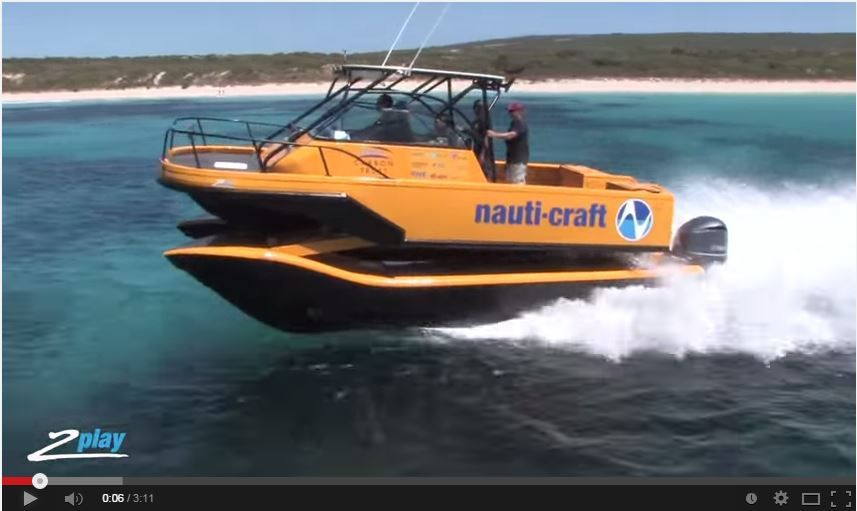 VIDEO - Nauti-Craft, le catamaran à moteur... à suspensions !
