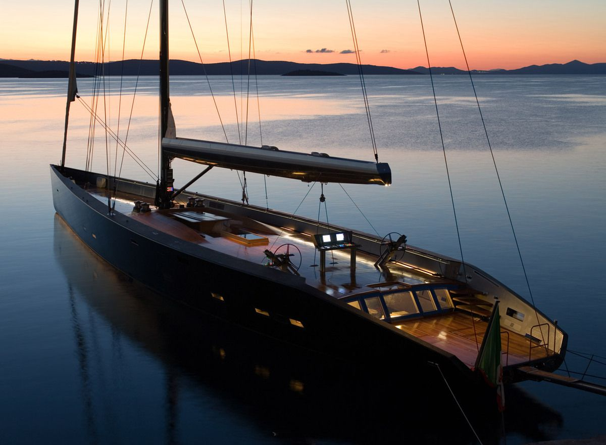 10 photos de l 39 extraordinaire yacht wally esense for Modern photography for sale