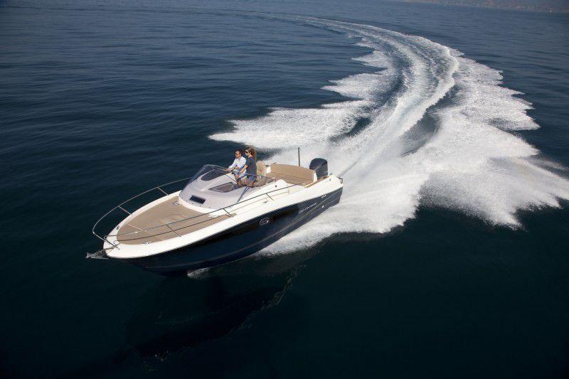 Le Cap Camarat 8.5, actuel flagship de la gamme Cap Camarat, bientôt rejoint par un modèle de 9.50m