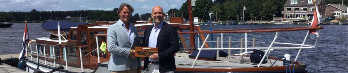 Partenariat entre l'association Feadship Heritage Fleet et Awlgrip - photo : FHF