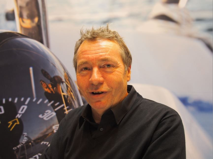 En direct du Nautic 2015 - Marc Lombard commande un catamaran Bavaria Open 40