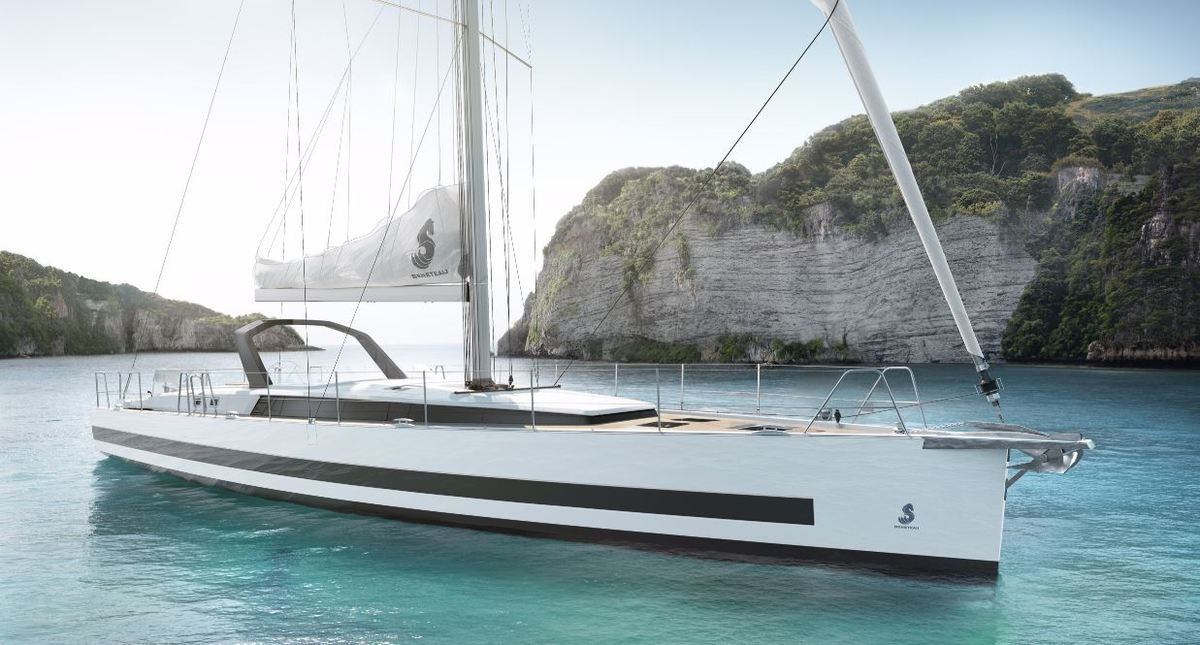 The new Beneteau Oceanis Yacht 62
