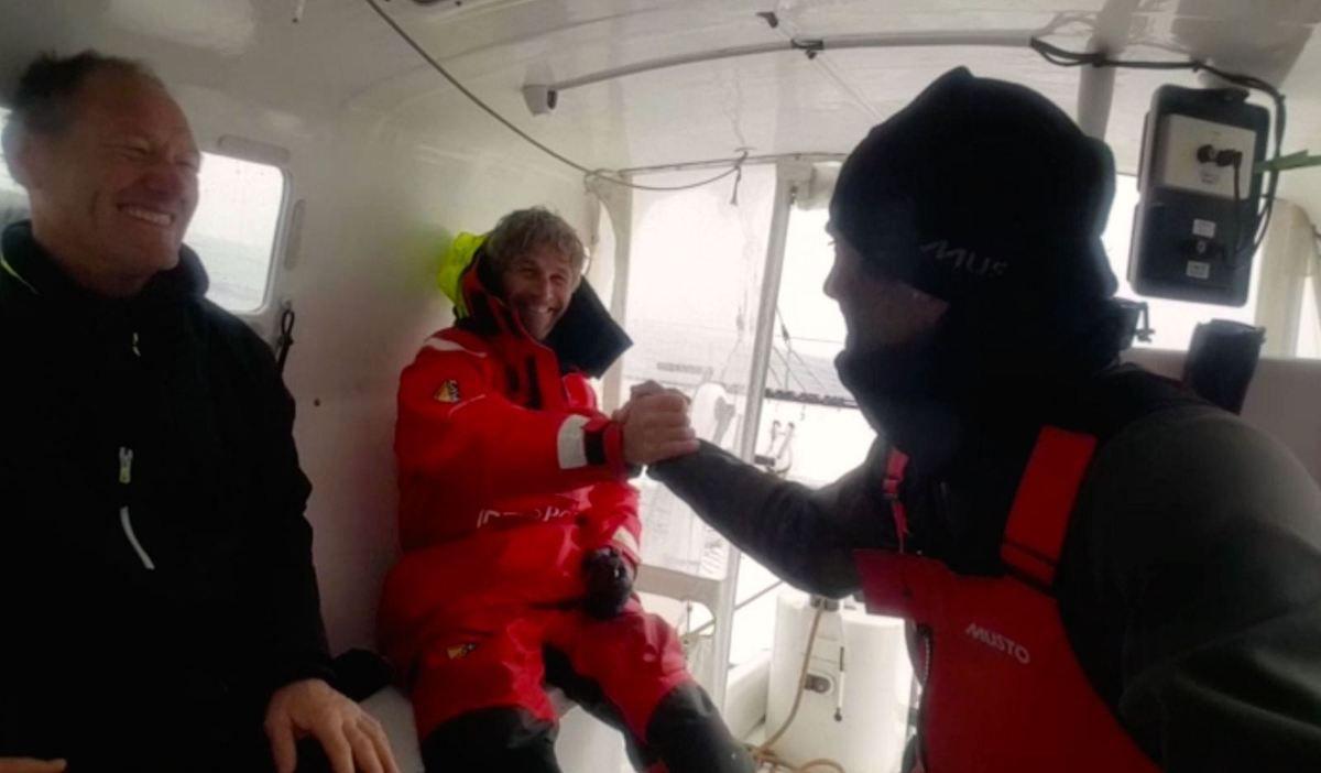 36 noeuds de moyenne sur 24h00 pour Idec Sport, au Cap de Bonne Espérance, dans le Trophée Jules Verne