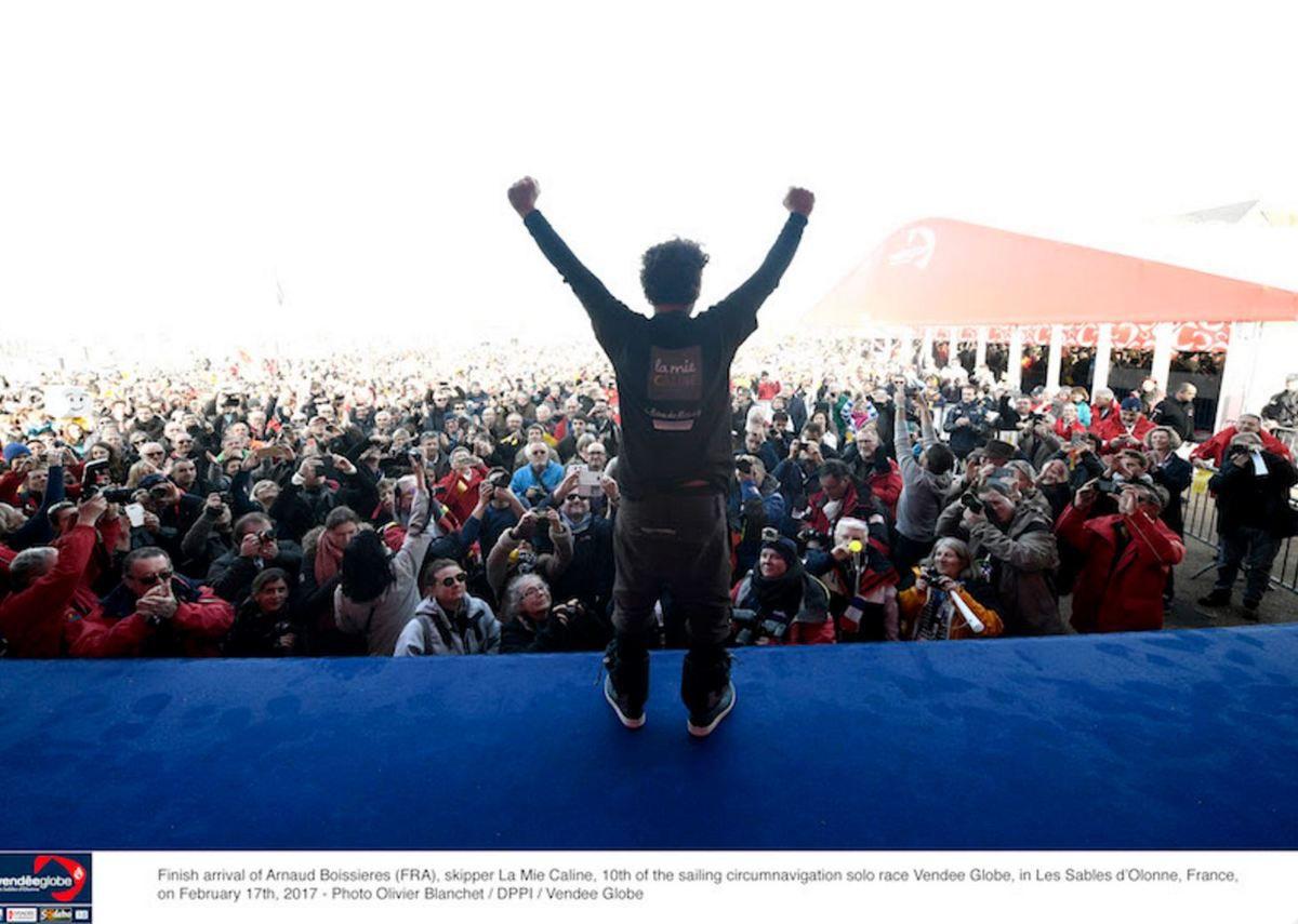 10e du Vendée Globe, Arnaud Boissières accueilli en héros local aux Sables d'Olonne