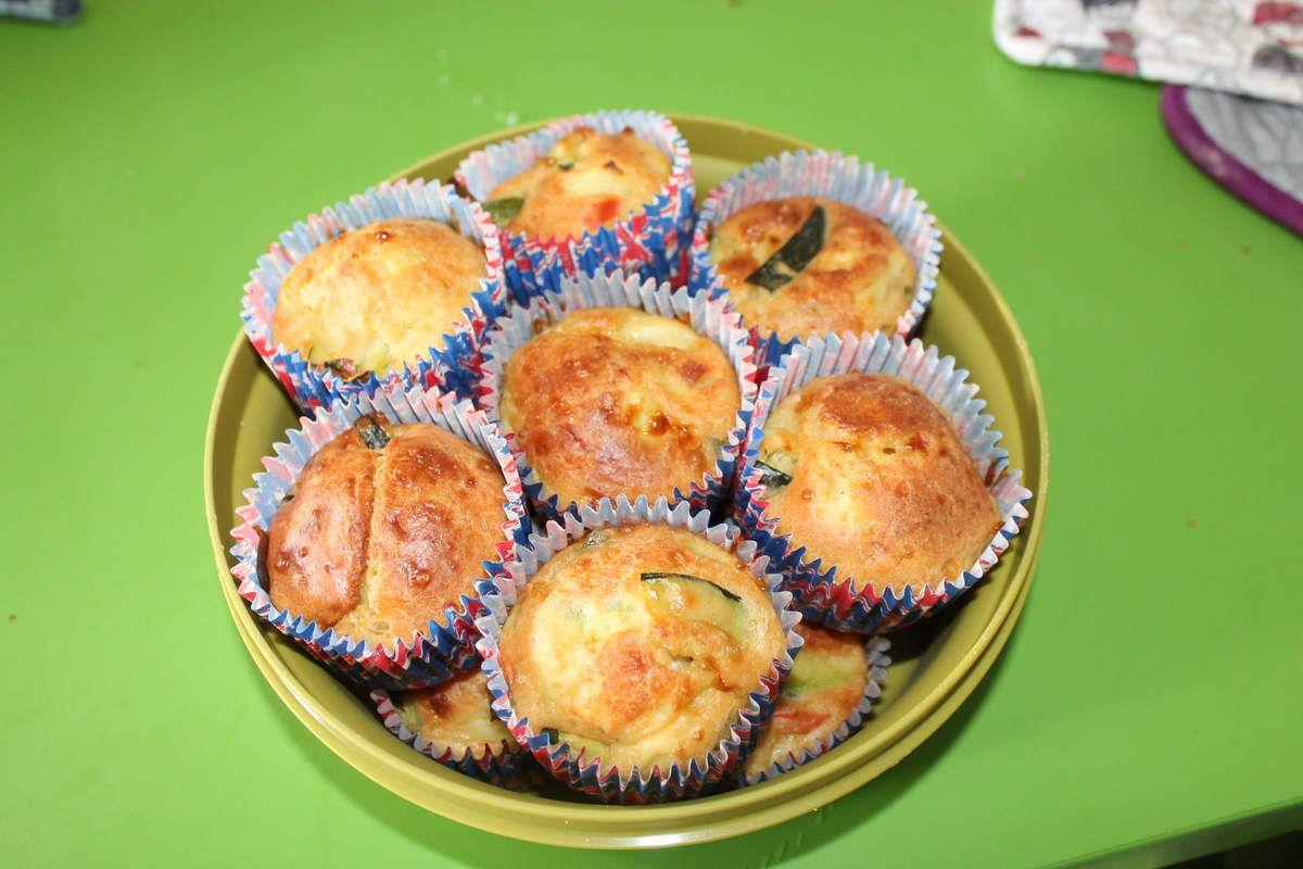 Cupcakes courgettes/poivrons/gruyere (suite apéro dînatoire)