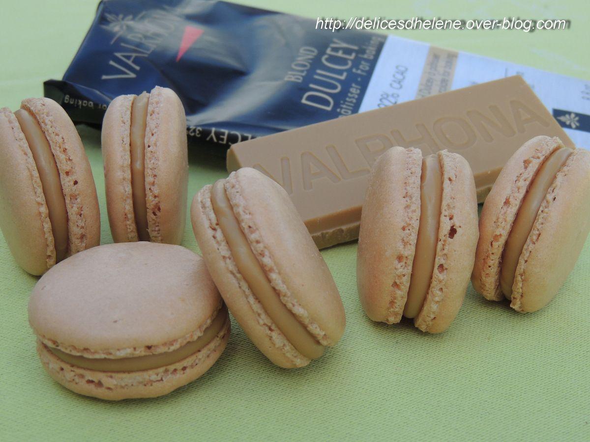 MACARONS AU CHOCOLAT BLOND DULCEY