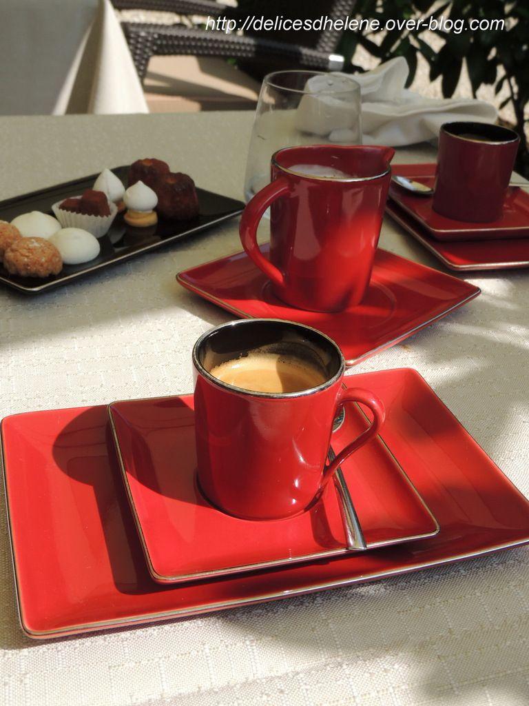 Café et mignardises...