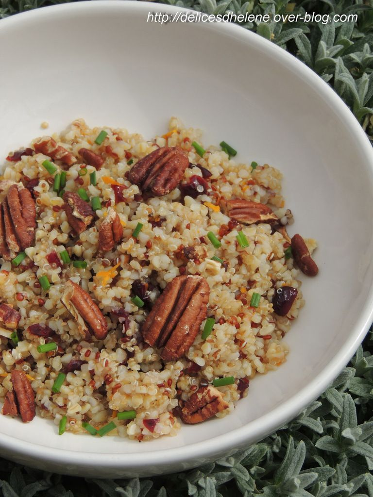 SALADE DE QUINOA, CRANBERRIES, NOIX DE PECAN A L'ORANGE