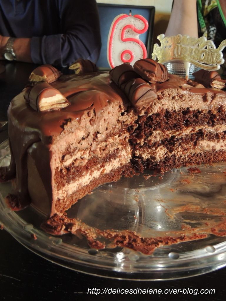 LAYER CAKE NUTELLA ET KINDER BUENO
