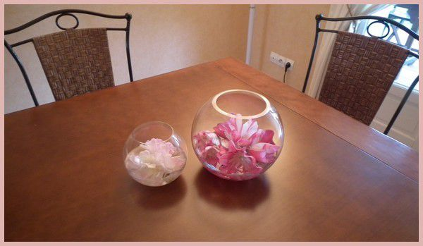 Margaux et ses fleurs... deux petits riens très sympas