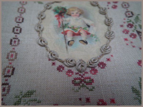 Noël Traditionnel - Un Petit Fil - c'est brodé