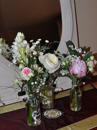 Margaux et ses fleurs.... Fête des mères