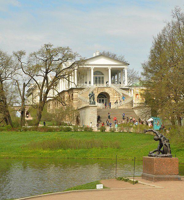 St Petersbourg.... 4....  dans les beaux palais