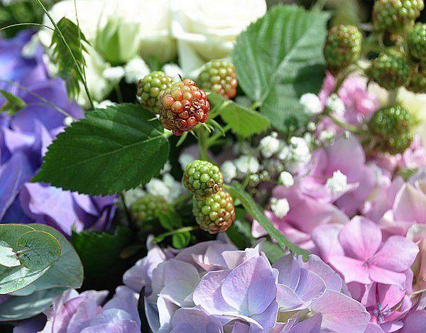 Margaux et ses fleurs.... mon dernier abonnement !