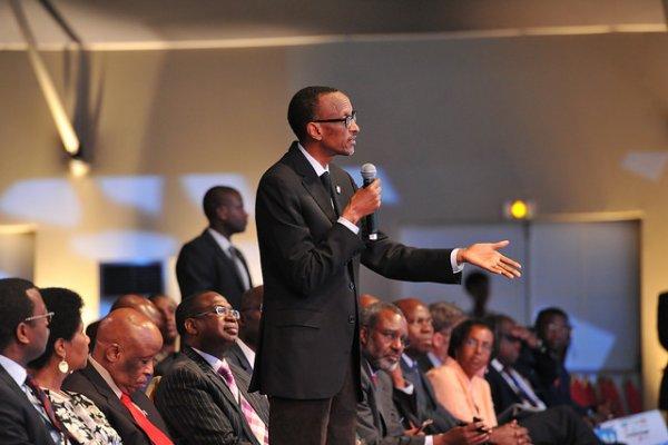 Rwanda : Paul Kagame atangiye kwikanga inkoramutima ze n'amahanga !