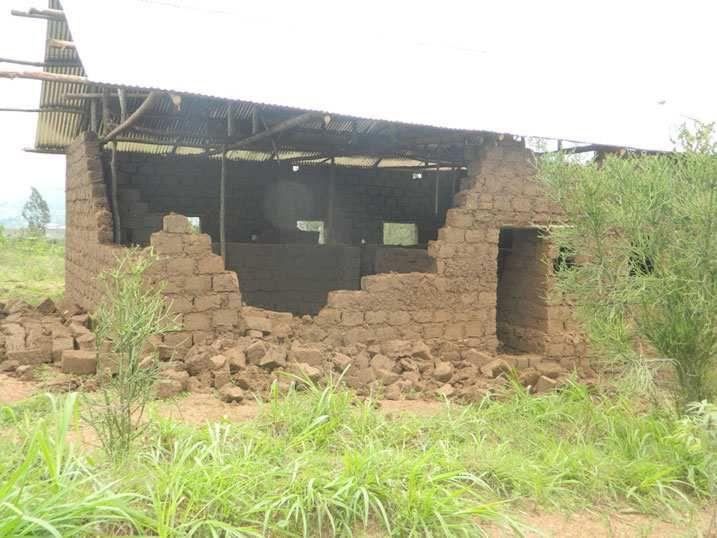 Inzu Ngabonziza yasenye bigatuma atemwa.