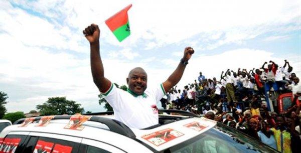 Burundi: Amashyirahamwe arenga 300 arasaba Perezida Nkurunziza kutaziyamamariza manda ya gatatu!