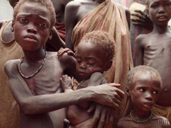 Paul Kagame uyobora igihugu inzara yicamo abana muri ubu buryo ngo arashaka kugwa k'ubutegetsi kubera ibyiza yagejeje ku gihugu!