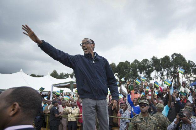 Kagamé autorisé à se représenter