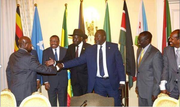 Museveni, Salva Kiir na Dr Riek Machar bari mu biganiro byo guhagarika intambara