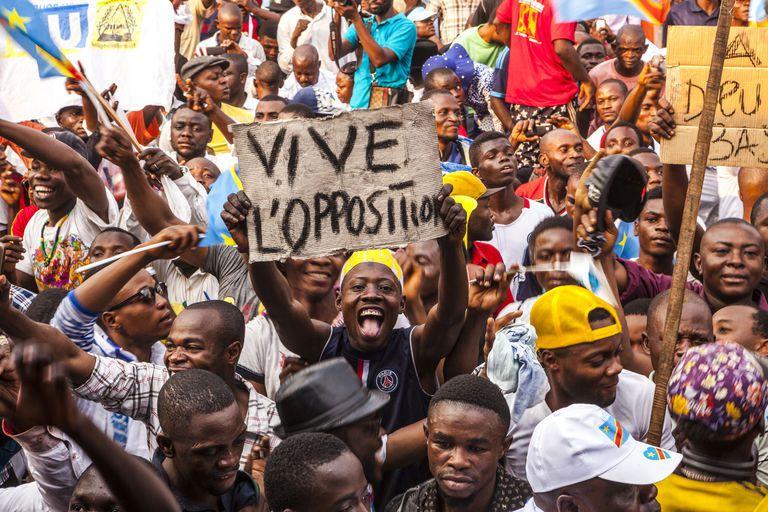 Faut-il continuer d'organiser des élections présidentielles en Afrique ?