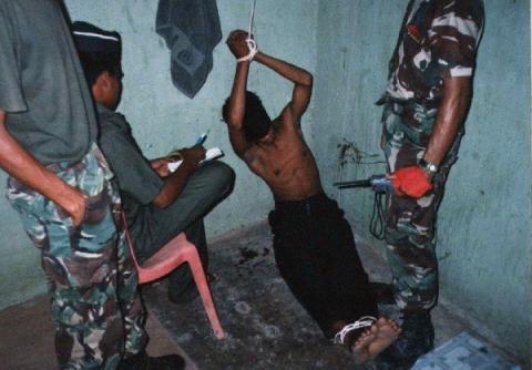 Tortures faites par l'armée