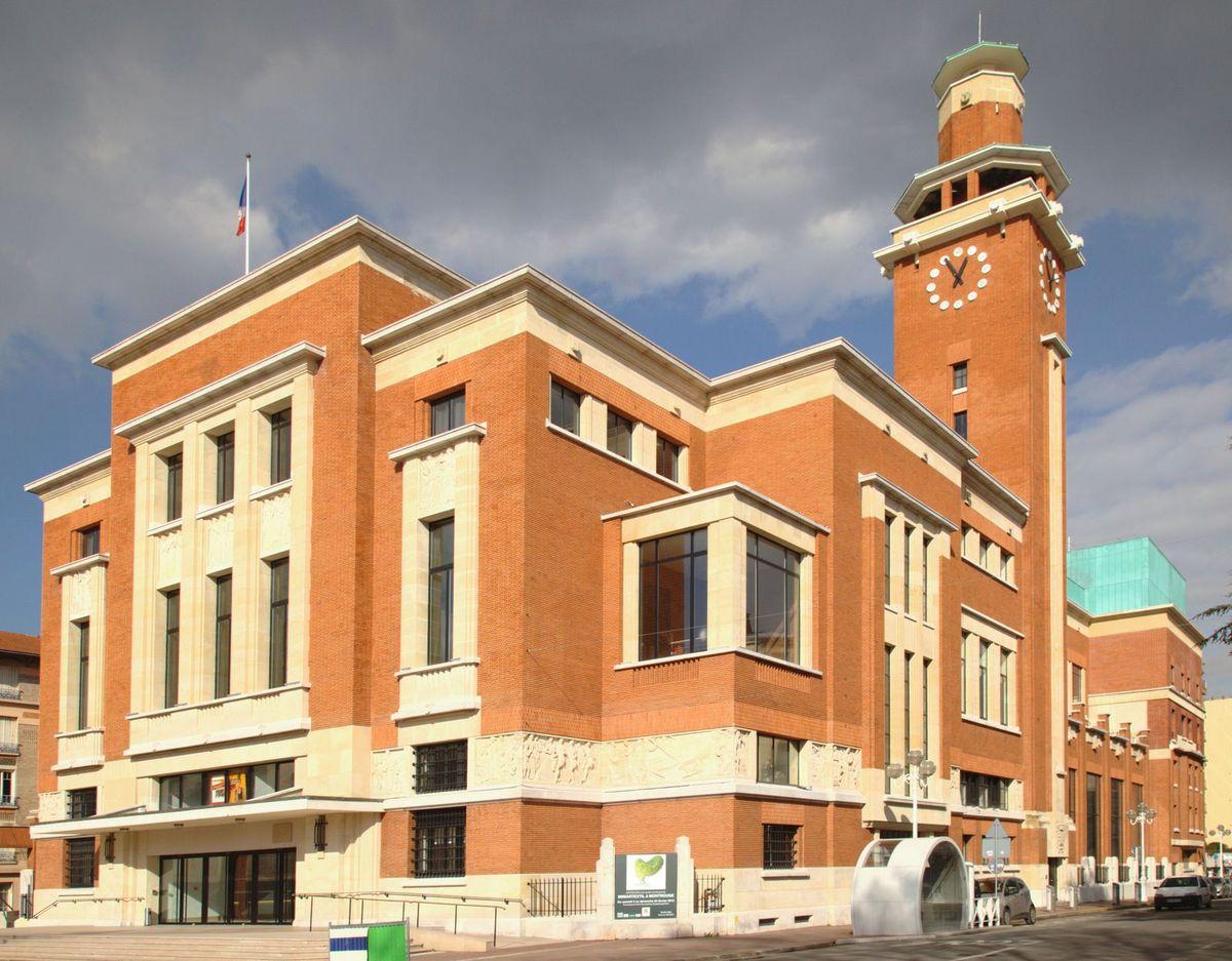 Centre culturel et de congrès, le Beffroi. (Façades Sud et Est)