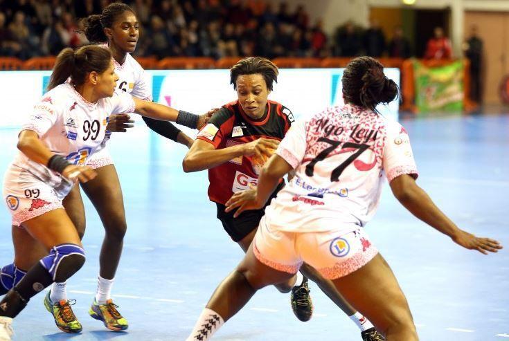 [Dim 17 Mai] Handball (Ligue Féminine, 1/2 Finale Aller) Nîmes / Fleury-Loiret, à suivre en direct à 17h00 sur Sport Plus !