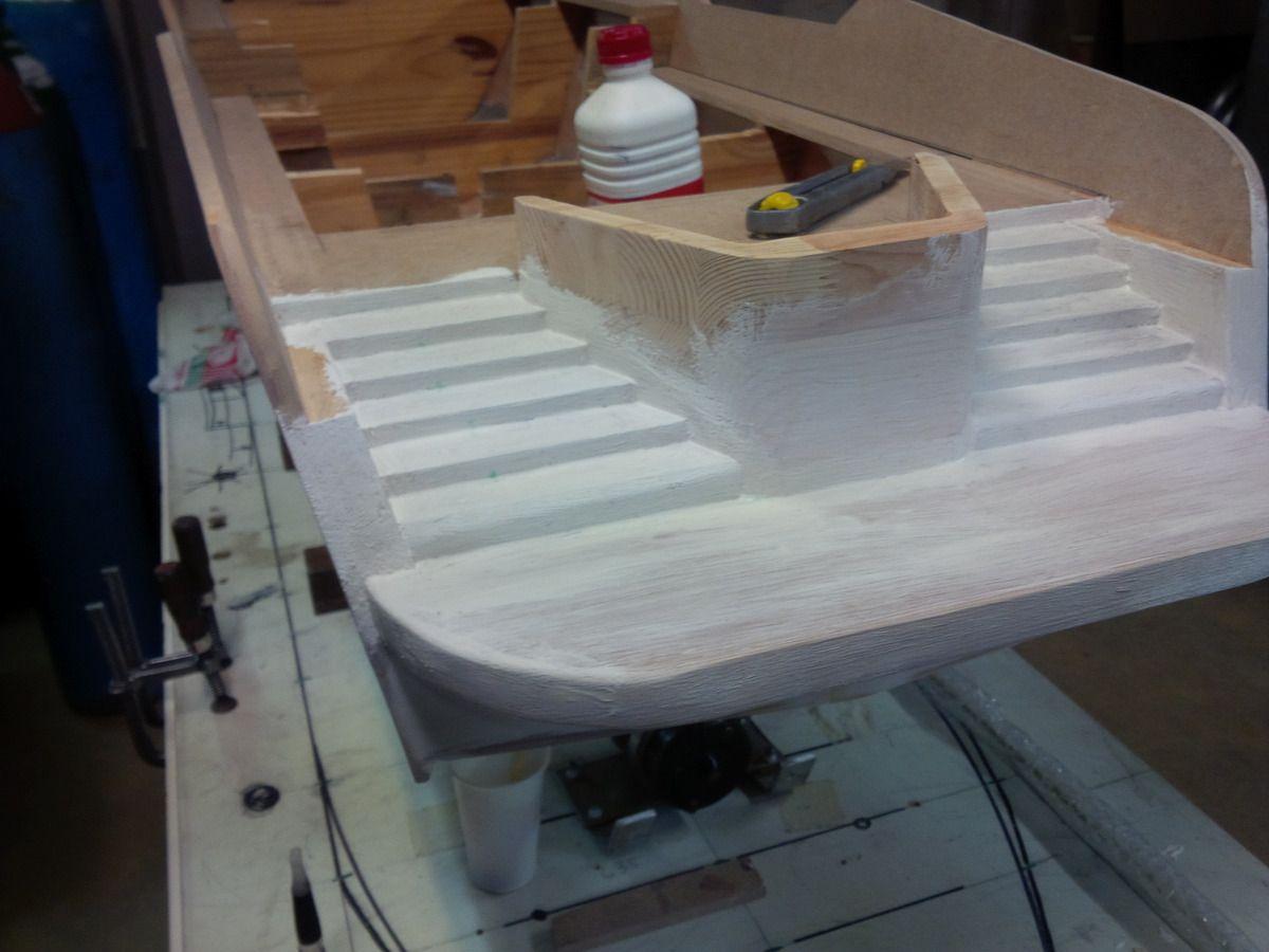 preparation des escaliers avant la fibre de verre et la resine epoxy steve irwin rc over blog com. Black Bedroom Furniture Sets. Home Design Ideas
