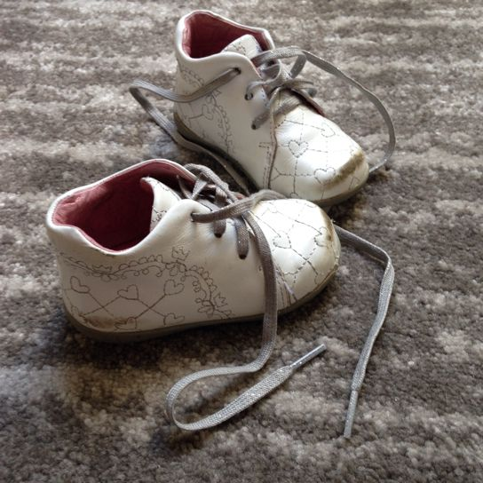 Les chaussures premiers pas pour bébé